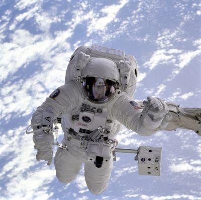 Hvordan bliver man astronaut?
