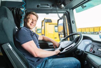 Hvordan bliver jeg lastbilchauffør?