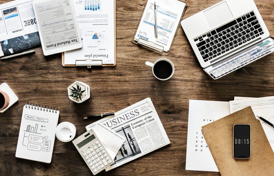 finans økonomi bord computer